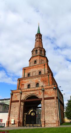 ancient tower in the Kazan Kremlin Standard-Bild - 102934156