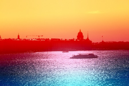Beautiful photo view from above of St. Petersburg on an autumn sunset day Standard-Bild - 110370313
