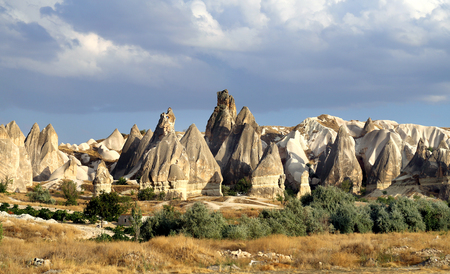 Photo of beautiful landscape views of the mountains of Cappadocia in Turkey on a sunny afternoon autumn Banco de Imagens