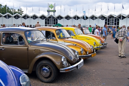 Moscow, park Sokolniki - Festival Retrofest. Few Volkswagen Beetles Stock Photo - 14612207
