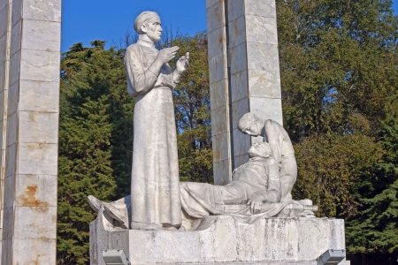 exploit: Exploit for the sake of life, memorial of military surgeons in Sochi, South Russia