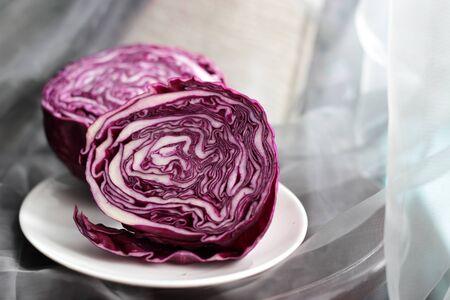 purple cabbage on a white plate Reklamní fotografie