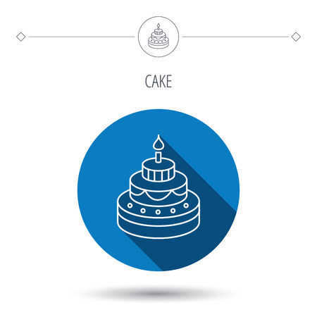 甘い食べ物: ケーキのアイコン。誕生日デザート記号。キャンドルのシンボルと甘い食べ物。ブルー フラット丸ボタン。シャドウと線形アイコン。ベクトル