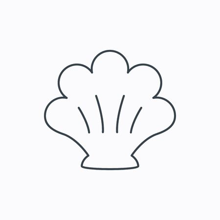 mollusk: Sea shell icon. Seashell sign. Mollusk shell symbol. Linear outline icon on white background. Vector Illustration