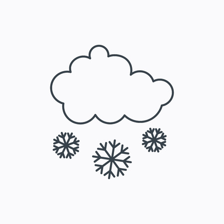 overcast: Snow icon. Snowflakes with cloud sign. Snowy overcast symbol. Linear outline icon on white background. Vector