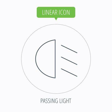passing: Pasando icono de la luz. Signo de cruce. Bot�n Lineal contorno c�rculo. Vector