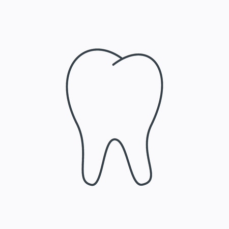 Tooth icon. Stomatology sign. Dental care symbol. Linear outline icon on white background. Vector
