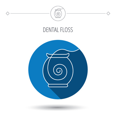 mondhygiene: Dental floss icon. Teeth cleaning sign. Oral hygiene symbol. Blue flat circle button. Linear icon with shadow. Vector Stock Illustratie
