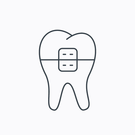 dental braces: Dental braces icon. Tooth healthcare sign. Orthodontic symbol. Linear outline icon on white background. Vector