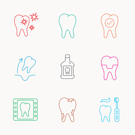 paradontosis: Tooth, dental crown and mouthwash icons. Caries, tooth extraction and hygiene linear signs. Brushing teeth flat line icon. Linear colored icons. Illustration