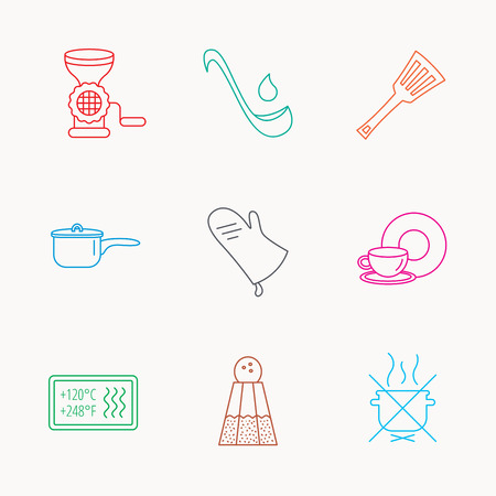 meat  grinder: Soup ladle, potholder and kitchen utensils icons. Salt, not boil and saucepan linear signs. Meat grinder, water drop and coffee cup icons. Linear colored icons.
