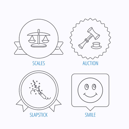 shah: Scales of justice, auction hammer and slapstick icons. Smiling face linear sign. Award medal, star label and speech bubble designs. Vector Illustration