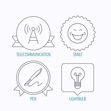 bubble pen: Pen, telecommunication and lightbulb icons. Smiling face linear sign. Award medal, star label and speech bubble designs. Vector