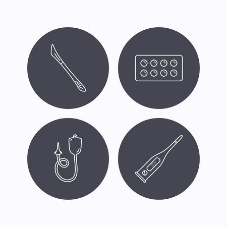 einlauf: Elektronische Thermometer, Tabletten und Skalpell-Icons. Enema linear Geben unterzeichnen. Flache Symbole im Kreis Schaltfl�chen auf wei�em Hintergrund. Vektor Illustration