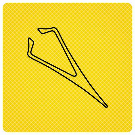 Wenkbrauw pincet icoon. Cosmetische apparatuur teken. Esthetische schoonheid symbool. Lineaire pictogram op oranje achtergrond. Vector