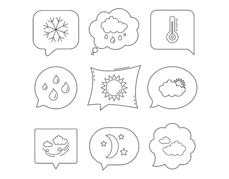Weather, sun and rain icons. Moon night, clouds and water drops linear signs. Wind, snowflakes and thermometer flat line icons. Linear Speech bubbles with icons set. Comic chat balloon. Vector Çizim