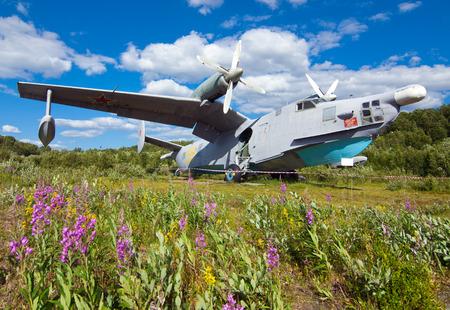 the amphibious: ASW amphibious aircraft Be-12 Chaika