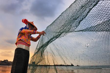 The fishing maidens