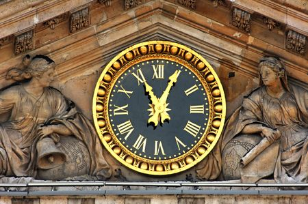 academie: France, Paris: famous monuments, Institut de France,de clock and tympan of  Academie Francaise building Stock Photo