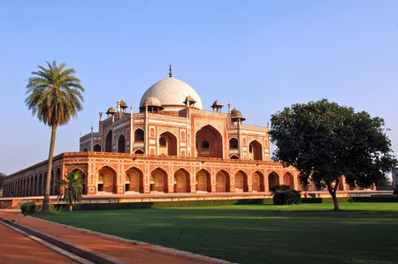 mughal: India, Delhi: Humayun tomb; this complex in mughal style date from the 16th century; is listed as a world heritage site