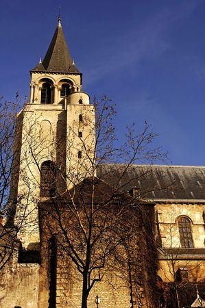 Francia, París: La abadía benedictina de Saint Germain des Prés fue fundada por el rey merovingio Childebert I en el siglo 6 º. Vista de la torre  Foto de archivo - 3435121