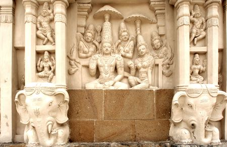 pallava: India, Kanchipuram: Kailashanatha temple; deep carved walls with religious representation