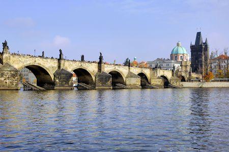 st charles: Repubblica Ceca, Praga: Citt� vista, ponte San Carlo Archivio Fotografico