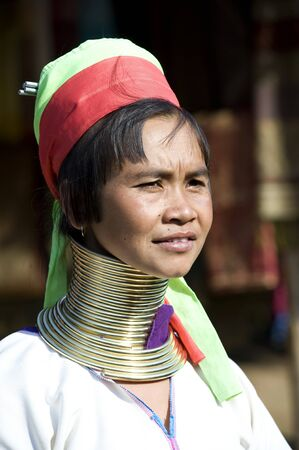 The women of this minority of mongolian descendence are known as 'Long necks Foto de archivo