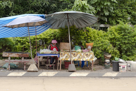 hygien: Local roadside food stall in Southeast Asia