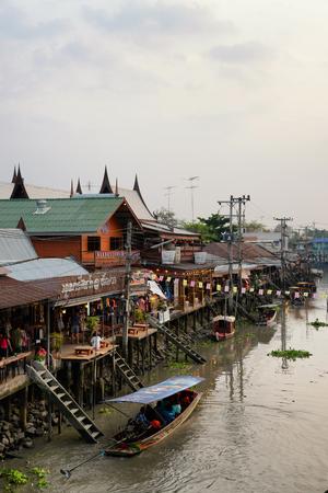 amphawa: Amphawa Floating Market, Samut Songkram, Thailand Stock Photo