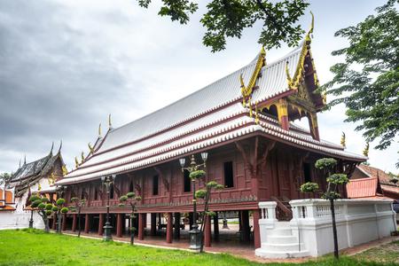 Wat Yai-Suwanaram, Phetchaburi, Tailandia. Paesaggio naturale Punto di riferimento. Archivio Fotografico