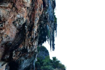 montañas caricatura: Acantilado de la playa de Railay, provincia de Krabi en Tailandia
