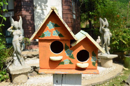 twin house: Little Twin  House