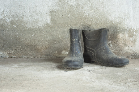 muddy clothes: Old boots