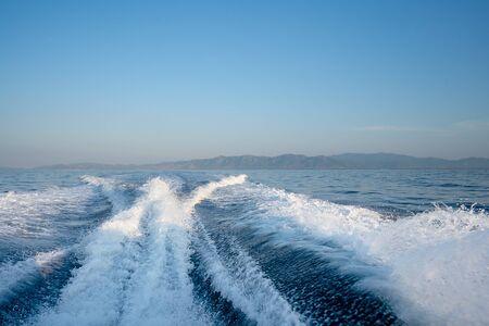 view behind the speed boat Zdjęcie Seryjne