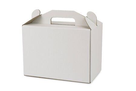 Boîte en carton avec poignée pour transporter un gâteau sur fond blanc Banque d'images