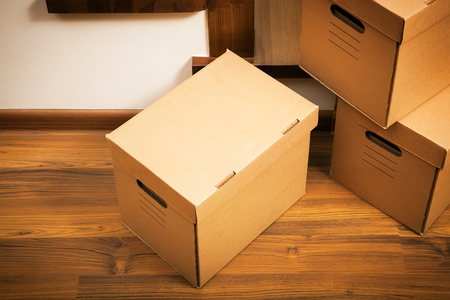 steps and staircases: Cardboard boxes. Delivery. Moving house.