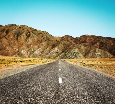 non marking: desert road
