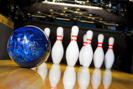 bowling strike: bowling Stock Photo
