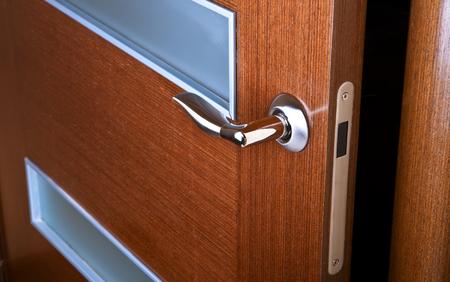 door opening: door opening