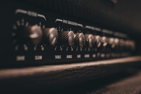 Guitar amplifier equalizer