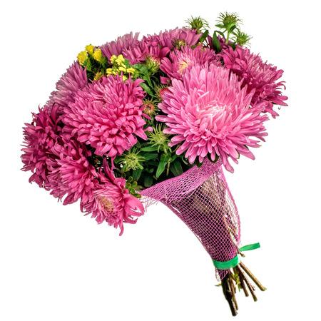 ramo de flores: Hermoso ramo de flores brillantes de otoño de color rosa aisladas en blanco.