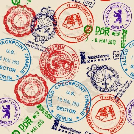pasaporte: La textura perfecta con los sellos reales del Muro de Berl�n.