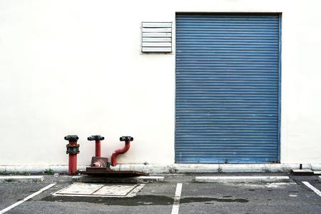 exterior storage warehouse building Imagens