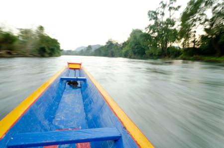 celerity: En la velocidad del barco de cola larga, alta Foto de archivo