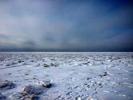 froze: Azov sea froze