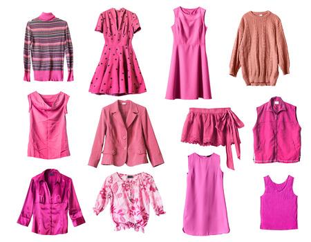 blusa: Conjunto de ropa de color rosa sobre fondo blanco