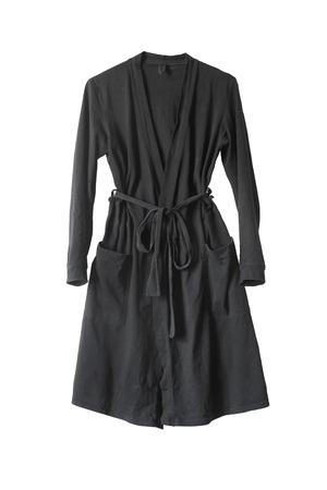 ベルトと白い背景の上にポケットの黒のバスローブ