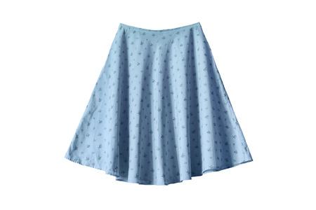 falda: Falda ancha ornamental azul sobre fondo blanco Foto de archivo