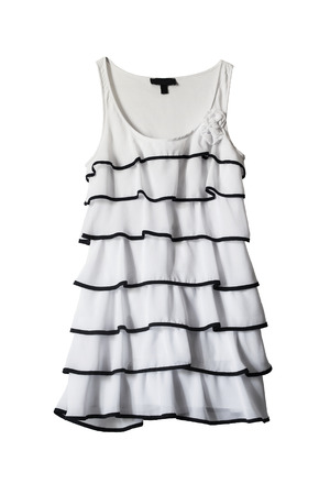白で分離された美しい白いドレス